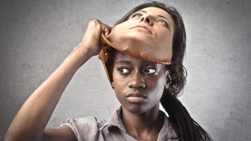 صورة الانحياز الضمني، كيف تتأثر المجتمعات بما في داخل أعماق الفرد